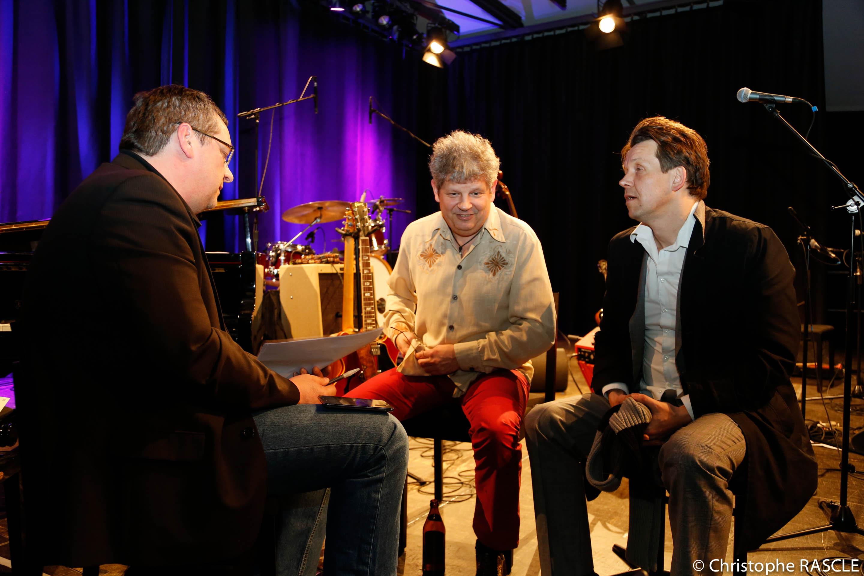 Erik Trauner und Peter Crow C im Gespräch mit der Wasser-Prawda