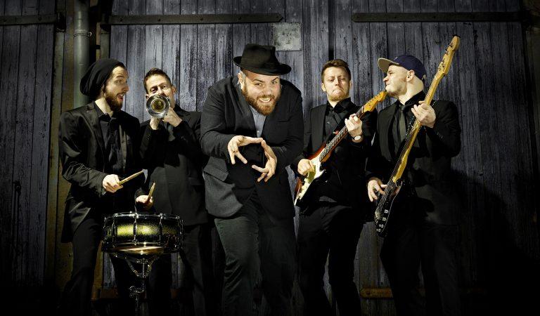 Staubtrockener Rock trifft bluesinfizierte Kratzstimme – Wellbad spielt am 22.11. in München